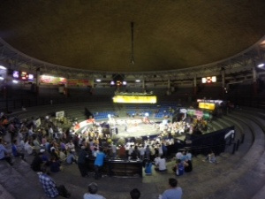 Muay Thai fights at Rajadamnern Stadium.